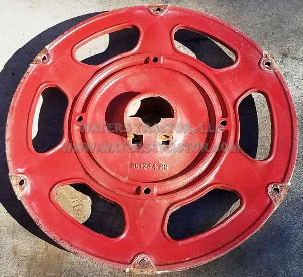Farmall Tractor Cast Wheel Hub : Waters tractor llc